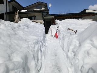 ◆除雪作業に精が出ます。   @@@:画像
