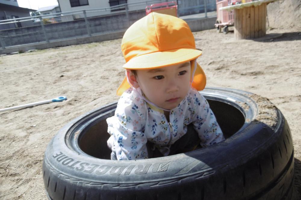 1歳児 うめくみ 外あそび大好き!