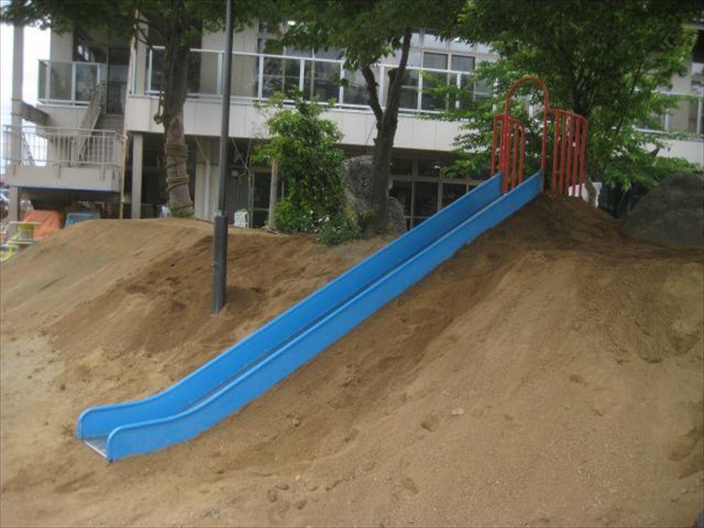 園庭プロジェクト ~すべり台~