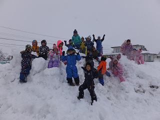 1月11日 雪遊び楽しいな!/