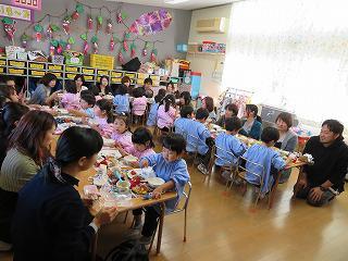 10月26日 給食参観日(年少組)