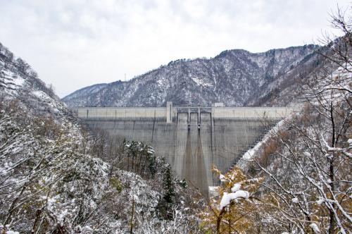 Former way became the closure from Nagai Dam in the winter season. : Image