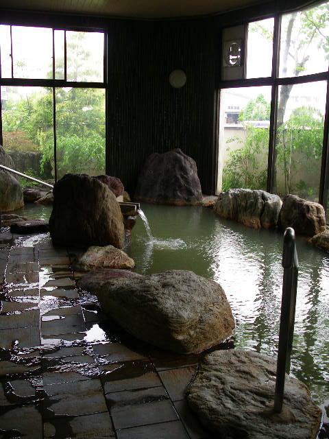 大野目温泉《天然温泉大岩風呂》源泉100%/