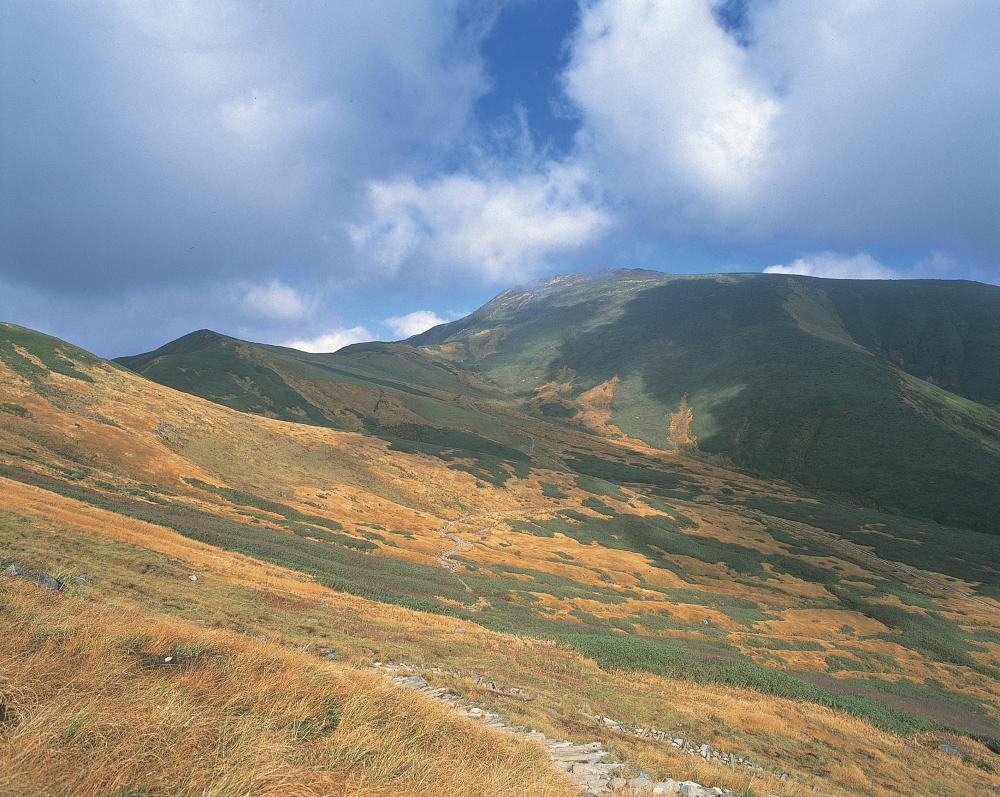 山形日和。県民登山 初秋の月山縦走登山:画像
