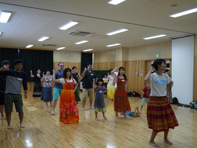 国際理解講座 「HAWAII ~フラ体験~」 開催しました