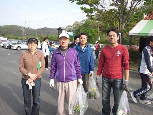 「米沢法人会社会貢献事業 クリーン&グリーン作戦 参加」の画像