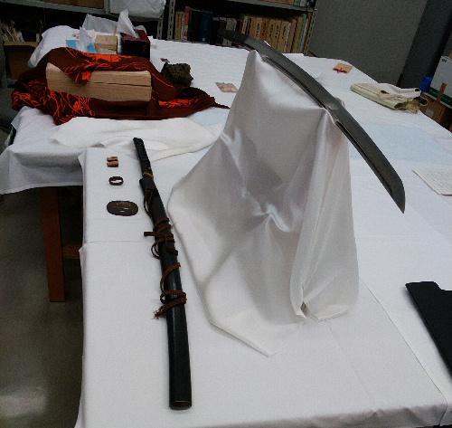 結城先生は刀剣が趣味 記念館に二振りの刀剣