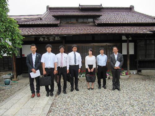 ようこそ 南陽市の新任の先生方 南陽市初任者研修で記念館を訪問/