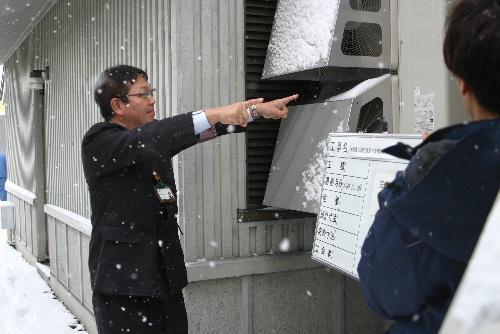 2階展示室の空調工事の完成検査が終わる 12月29日~1月3日まで休館