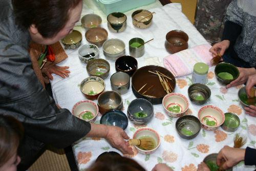 赤湯幼稚園最後のお茶会 最後はお父さんお母さんのお手前で 会場は臨雲文庫/