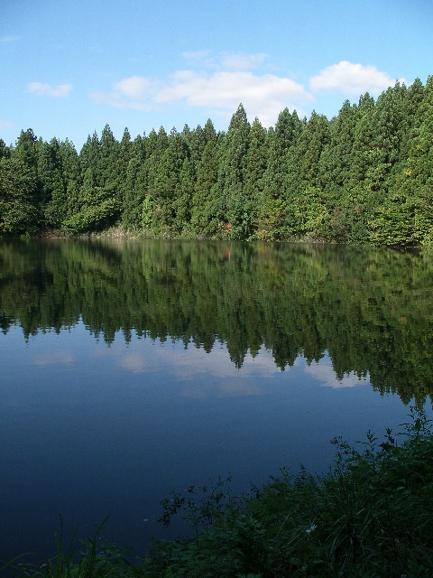 古竜湖キャンプ場内の皿沼