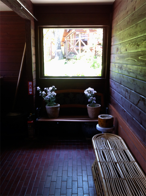 玄関の癒しスペース・・・